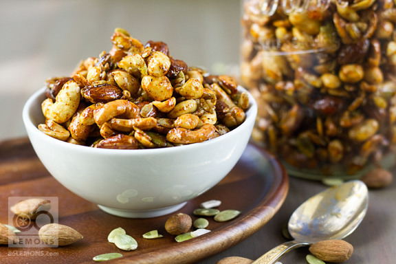 Sweet & Spicy Nut Mix #vegan #glutenfree #recipe #snack